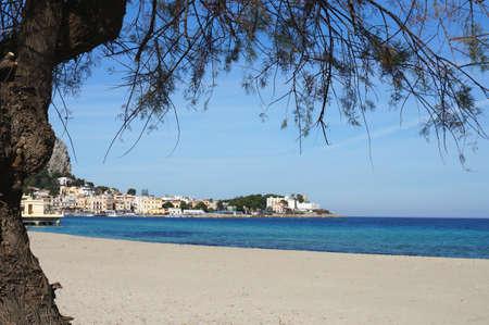 mondello: Spiaggia di Mondello a Palermo in Sicilia Archivio Fotografico
