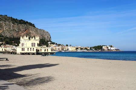 mondello: Spiaggia di Mondello citt� di Palermo in Sicilia Archivio Fotografico