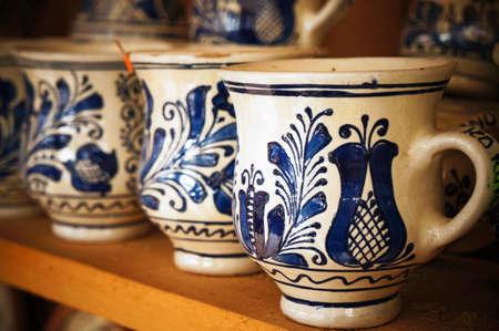 지에 handpainted 루마니아어 도자기 스톡 콘텐츠