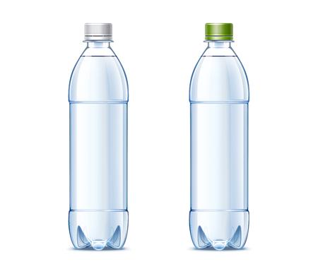 Botellas de plástico de 0,5 litros con agua potable Foto de archivo - 80829083