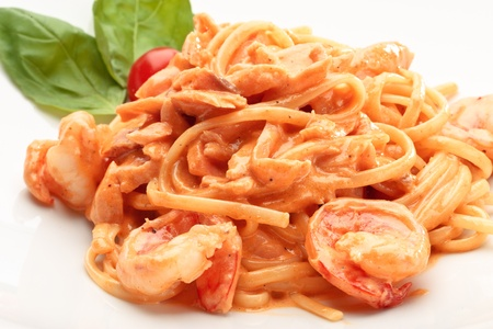 linguine pasta: Close-up of linguine pasta with salmon and shrimps