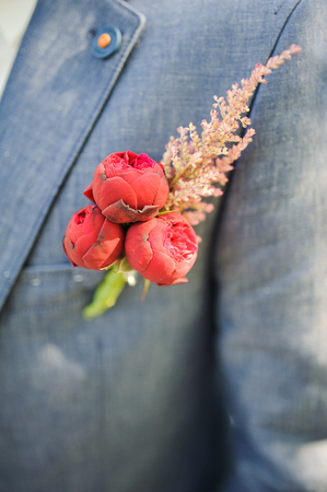 handcarves: Pinning a Boutonniere