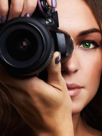 camera.young 女性と美しい少女はカメラマン