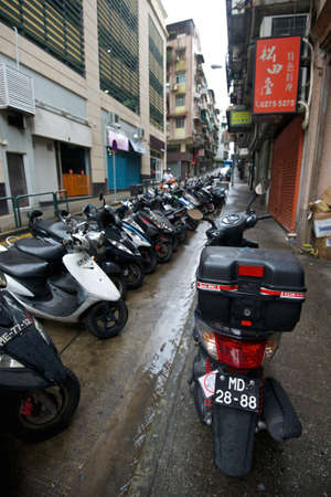 congested: Congested street in Macau