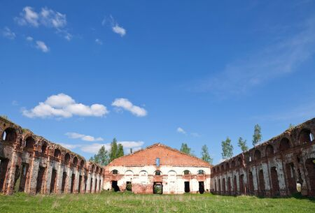 petrovich: Abandoned Russian landmark  ruins of old military quarters  Was built in 6 years from 1818  Architect - Vasily Petrovich Stasov  Selishi village, Novgorod region, Russia