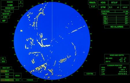 現代船のレーダー画面地図と標準的な緑のテキスト ラベル ラウンド ブルーを