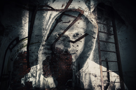 Abstract monochrome horror background, abandoned dark room with ghost of dangerous man in hood. Double exposure photo effect Standard-Bild