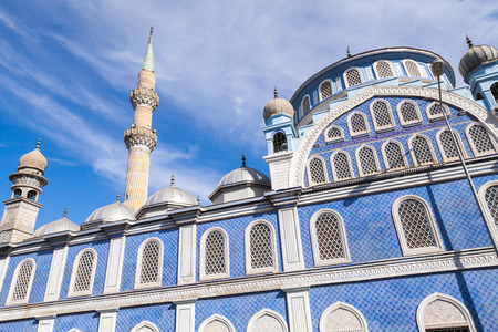 fatih: Exterior of Fatih Camii (Esrefpasa) old mosque in Izmir, Turkey