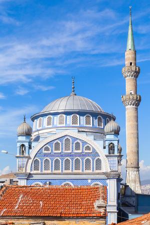 fatih: Fatih Camii (Esrefpasa) old mosque in old part of Izmir city, Turkey