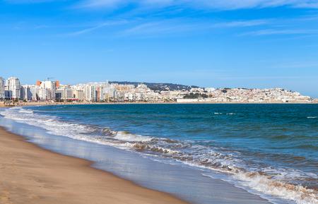 Tanger stad en de haven, kustlandschap, Marokko, Afrika