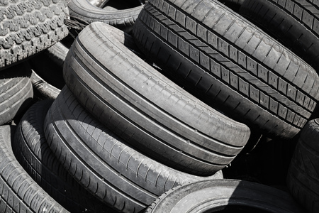 wornout: Heap of old used worn-out automotive tires
