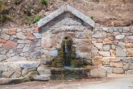 source d eau: Drinking water source. South Corsica, France, Piana region Banque d'images
