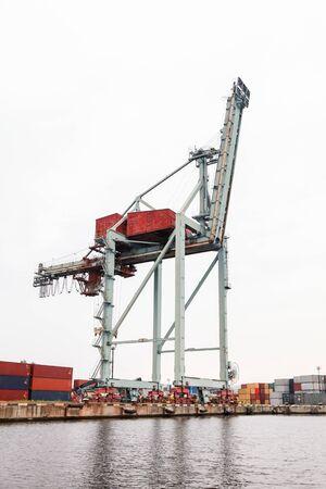 Dockside gantry crane, port of Varna, Bulgaria Zdjęcie Seryjne