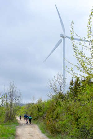 A wind mill of the Galletto Mountain wind farm Imagens