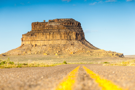 chaco: Fajada Butte in Chaco Culture National Historical Park, New Mexico, USA Stock Photo