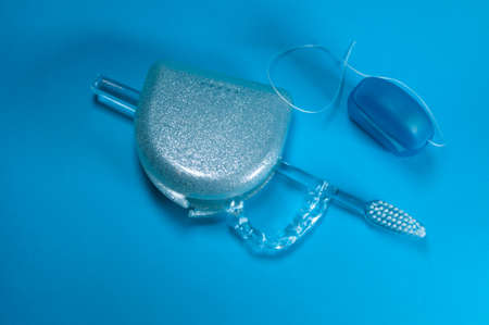Dental splint with box, dental floss and toothpaste
