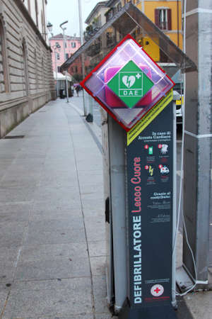tachycardia: Station of an automated external defibrillator (AED) in an Italian town (Lecco)