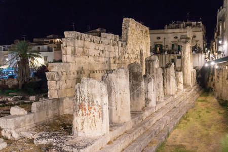 August 24, 2017 - Ortigia (Siracusa) - Italy: Night view of  the Temple of Apollo; It is one of the most important ancient Greek monuments on Ortygia (Syracuse, Sicily, Italy) Sajtókép