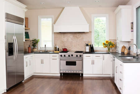 Gourmet kitchen in a new home Stock Photo - 12646971