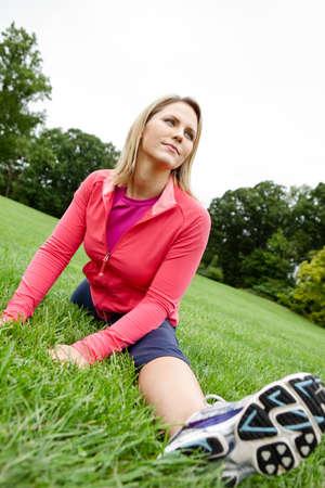 athletic wear: Woman doing splits