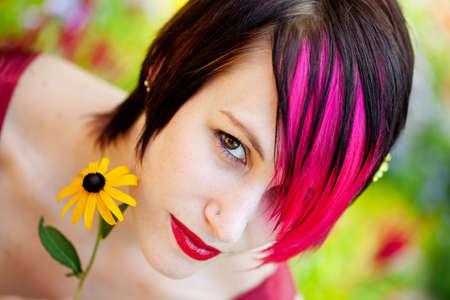 punk hair: Portrait de femme Punk dans la garde Banque d'images