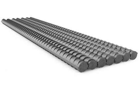 rejas de hierro: Metal Rebars Pila, Refuerzo de acero, aislado en blanco