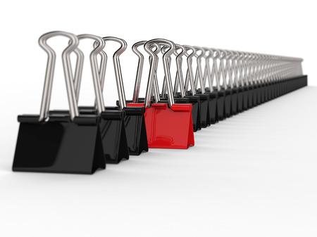 黒と赤のオフィス クリップ、行の概念は、選択と集中の 1 つ