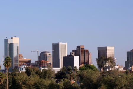 ave fenix: Rascacielos y casas unifamiliares techos en el centro de Phoenix, AZ