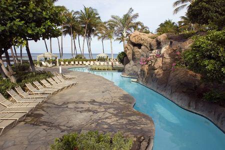 kona: Tropical Resort Swimming Pool next to Ocean Beach