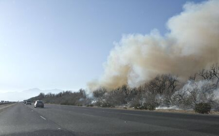 Out of Wild Brush Fire, Interstate Highway Ten, California Zdjęcie Seryjne