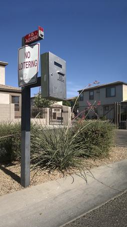 housing search: Dispositivo di accesso alla ricerca directory di comunit� alloggio gated, Phoenix, AZ