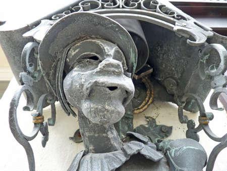 Teufel, Skulptur an der Wand