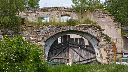 Old Zerbröckeln Tor, Ruinen Lizenzfreie Bilder