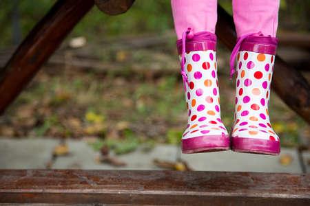 enviroment: colores rain boot, autumn enviroment