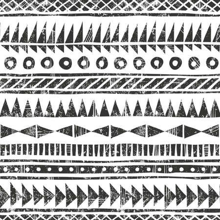 Hand getrokken tribal patroon. Primitieve geometrische achtergrond in grunge stijl. EPS10 vector illustratie. Bevat geen transparantie en overvloeimodi. Stock Illustratie