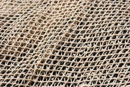 redes de pesca: White extendi� el neto fondo de pesca  Foto de archivo