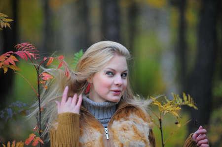 ocharovaetlny: Blonde girl portrait