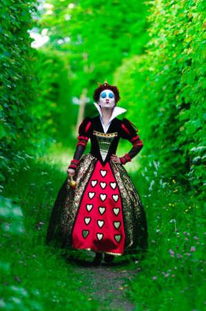 alice au pays des merveilles: Reine rouge