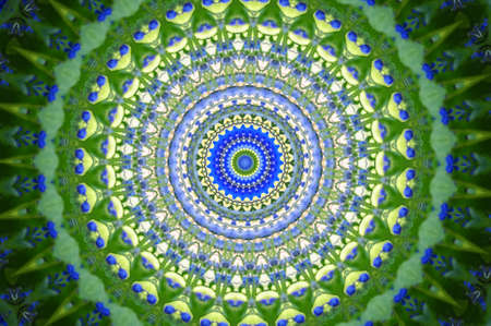 leading light: green with a blue circular pattern