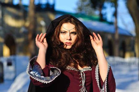 medieval dress: chica vestido medieval
