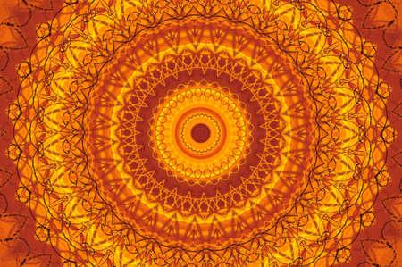 colores calidos: Caleidoscopio de fractal abstracto en brillantes colores c�lidos de amarillo y naranja. Foto de archivo
