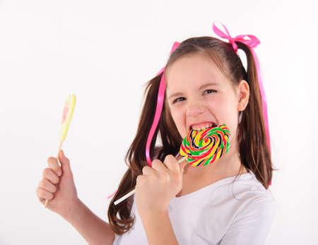 licking in isolated: ragazza con grande lecca-lecca