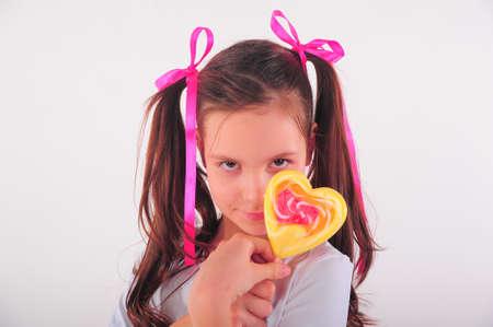licking in isolated: ragazza con grande lollipop