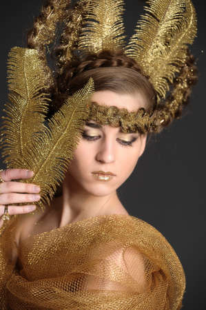 elegance fashion girls look sensuality young:  golden lady