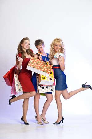 bussines: drie vrienden na het winkelen
