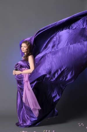 Pregnant woman Stock Photo - 10096829