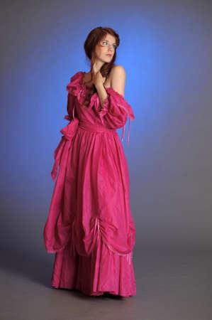 vestidos de epoca:  HERMOSA MUJER VICTORIANA Foto de archivo