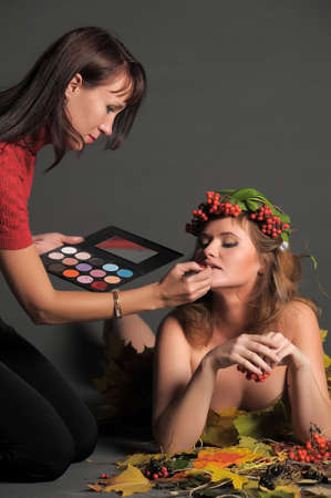 stylist paints for model photography photo