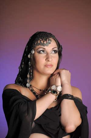 bailarinas arabes: Este retrato de una mujer