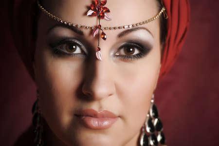 Femme orientale d'un portrait photo